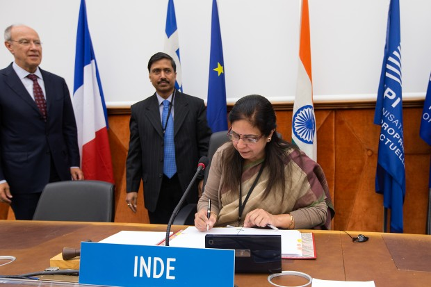 India signing the Marrakesh Treaty © WIPO 2014. Photo: Emmanuel Berrod